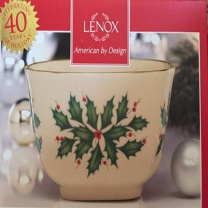 Celebrations-with-Gift-giving-Lenox-fine-china3.jpg