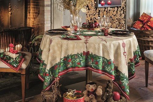 Beauville Jours de Fetes Holiday tablecloth